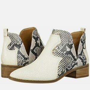 Lucky brand milk ankle boots snakeskin LEYMON 11